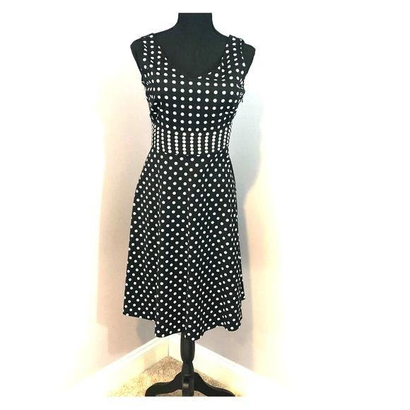 Amanda Smith Dresses & Skirts - Amanda Smith Black and White Polka Dot Dress 8P
